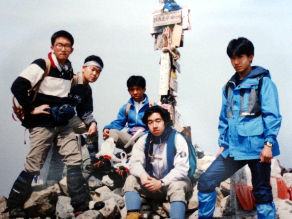 Photo_our_story_Yasuhiro_Hanatani_his_school_days